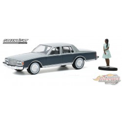 1981 Chevrolet Caprice Classic with Woman in Dress - The Hobby Shop Series 9 -  1/64 Greenligh t-  97090 D - Passion Diecast