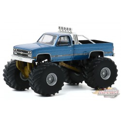 Maiden America - 1977 Chevrolet K-10 Monster Truck - Kings of Crunch Series 7 -  1-64 greenlight 49070 A - Passion Diecast