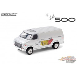 1976 GMC Vandura - 60th Indianapolis 500 - GMC Transportation - Greenlight 1/64  Hobby Exclusif - 30198 - Passion Diecast