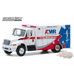 2013 International Durastar Ambulance  .D. Trucks Series 14- Greenlight  1/64 33140B