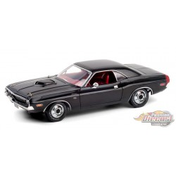 1970 Dodge Challenger R/T 440 6-Pack - Black with Red Interior - Greenlight 1/18 - 13585 - Passion Diecast