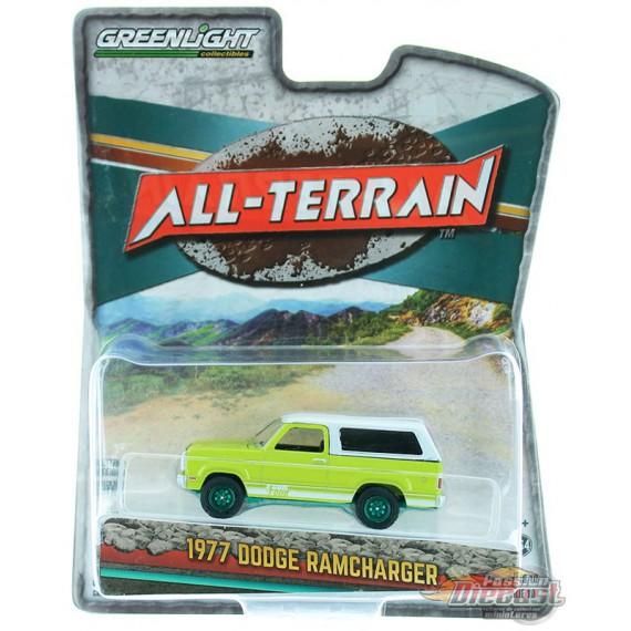 1977 Dodge Macho Ramcharger 4x4 - All-Terrain  Series 10 - 1-64 GREENMACHINE  - 35170 CGR