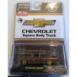 1975 Chevrolet Silverado 'The Brown Bagger' -  M2 Auto Trucks 1:64 - Mijo Exclusive - CHASE CAR 31500 MJS29GR