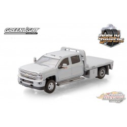 2015 Chevrolet Silverado 3500 Dually Flat Bed in Silver Ice - Dually Drivers  5 - Greenlight 1-64 - 46050 A -  Passion Diecast