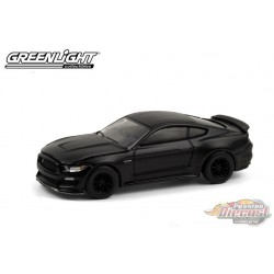 2016 Ford Mustang Shelby GT350 - Black Bandit Series 24   1-64 Greenlight 28050 E- Passion Diecast