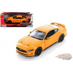 2018 Ford Mustang Gt  Orange - Motormax 1/24 - 793582 OR - Passion Diecast