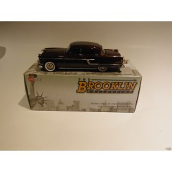 1954 Packard Patrician 4 doors red - Brooklin 1/43 BRK.185 - Passion Diecast