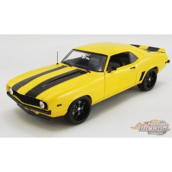 1968 Chevrolet Camaro  Yellow With black stripes Street Fighter  ACME 1/18   A1805719