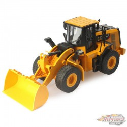 Cat 950M Wheel Loader-  Remote Controlled - Diecast Master  1/24 -  25003 - Passion Diecast