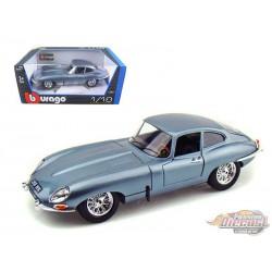 1961 Jaguar E Type Coupe Blue - 1-18 Bburago 12044 BL  -  Passion Diecast