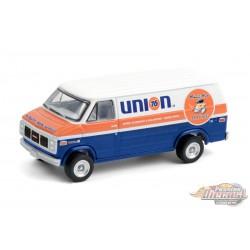 1987 GMC Vandura 2500 Union 76 Minute Man Service - Blue Collar Collection 8 - Greenlight 1/64 -  35180 E Passion Diecast