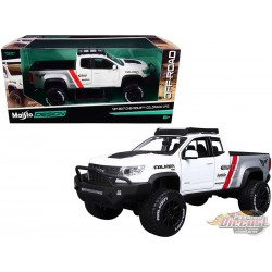 "2017 Chevrolet Colorado ZR2 Pickup  ""Falken Tires"" White and Silver - Maisto Off Road Kings 1/24 - 32534 WH - Passion Diecast"