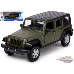 2015 Jeep Wrangler Unlimited Green with Black Top - Maisto 1.24 - 31268 GRN - Passion diecast