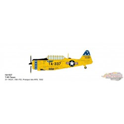 North American T-6G Texan  / USAF 75th FIS, Presque Isle AFB, ME, 1952 - Hobby Master 1/72 HA1527 - Passion Diecast