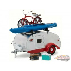 1947 Teardrop Trailer Hitch and Tow -  Greenlight 1/24 - 18440  - Passion Diecast