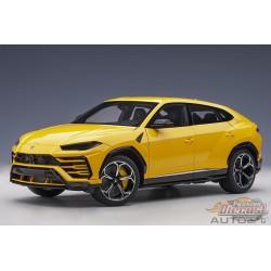 Lamborghini Urus - Giallo Auge -  Autoart 1/18 -  79163 - Passion Diecast