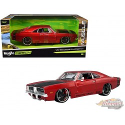 1969 Dodge Charger R/T - Red metallic with matte black hood- Maisto Design Classics Muscle  1/25 - 32537 - Passion Diecast