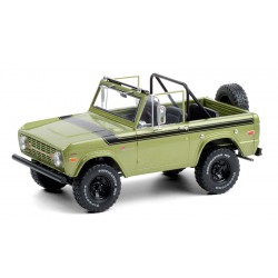 1975 Ford Bronco Sport - Medium Green Glow with Sunraysia Wheels 1/18  Greenlight - 19100