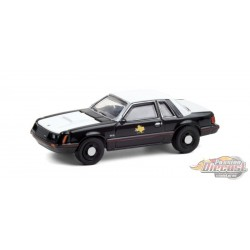 1982 Ford Mustang SSP - Texas Department of Public Safety - Hot Pursuit Series 37 -1-64 Greenlight - 42950 A - Passion Diecast