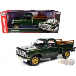 1977 Dodge Warlock Green with Gold Pinstriping - American Muscle 30th Anniversary - 1/18 Auto World  - AMM1243  AW