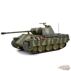 German Sd. Kfz. 171 PzKpfw V Panther Tank, 18th Panzer Div. Poland Oct.1944 Motor City Classics 1:43 / 23171-44