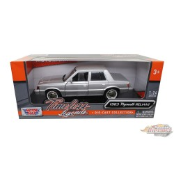 Plymouth Reliant 1983 - Motormax 1-24 - 73336 SIL - Passion Diecast