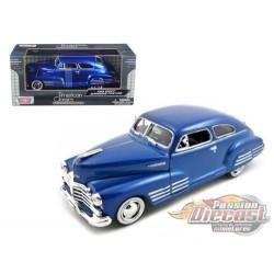Chevy Aerosedan Fleetline 1948 - Motormax 1-24 - 73266 BLU - Passion Diecast