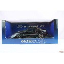 2001  Ford Mustang  Gt Bullit black  - AUTO ART  1/18 - 72852 Used