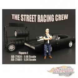 Street Racing Figures Men - AMERICAN DIORAMA FIGURES - 1/18 - AD-77431  Passion Diecast