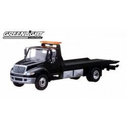 2013 International Durastar 4400 Tow Truck